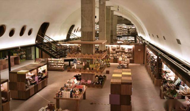 这些高颜值的文艺书店,爱了!
