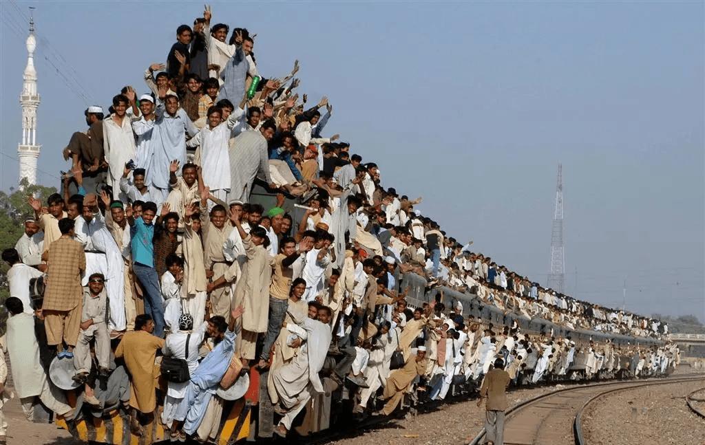 世界上,能让印度因为火车事故表示同情的,已经不多了