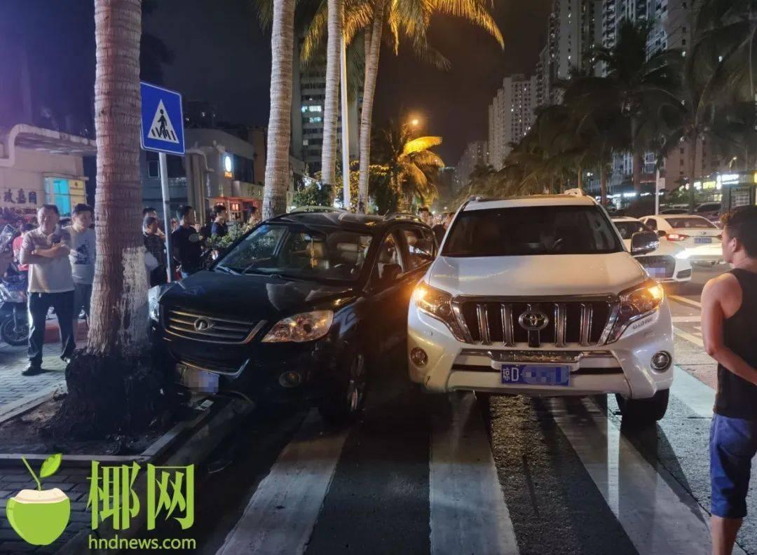 【视频】半夜,海口两辆越野车相撞,又撞上椰子树,司机浑身酒味…