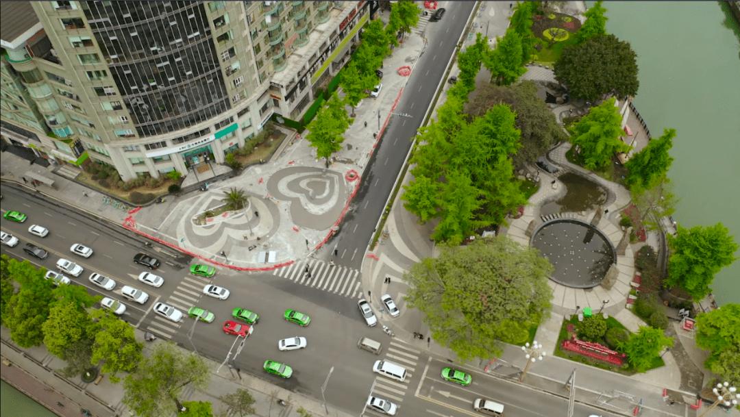 【1017 出行】成都:提升城市通勤效率 创新探索超大城市交通治理新路径