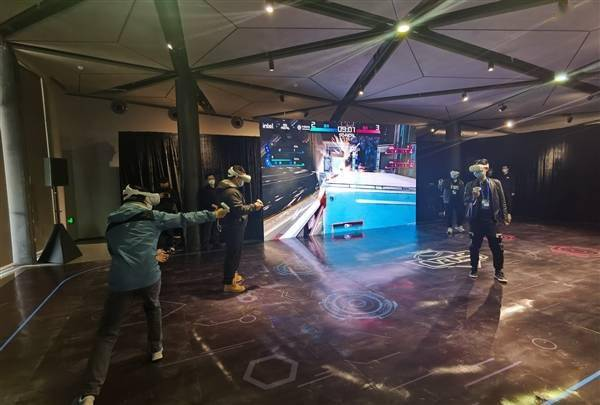 VR终于成了!5G VR电竞告诉你什么叫杀手级应用的照片 - 4