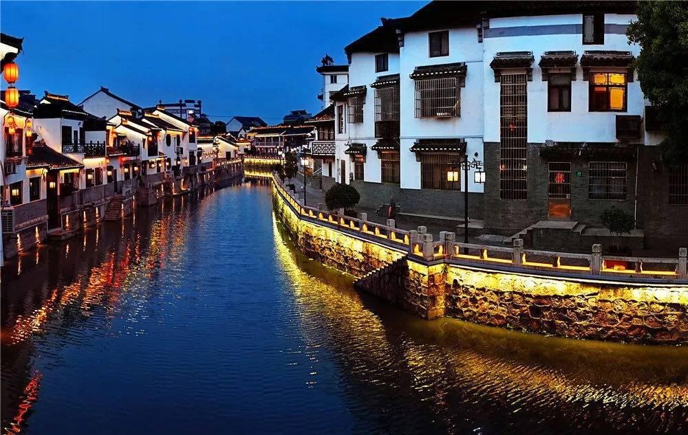 打造古镇示范样板 上海古镇保护利用联谊会成立