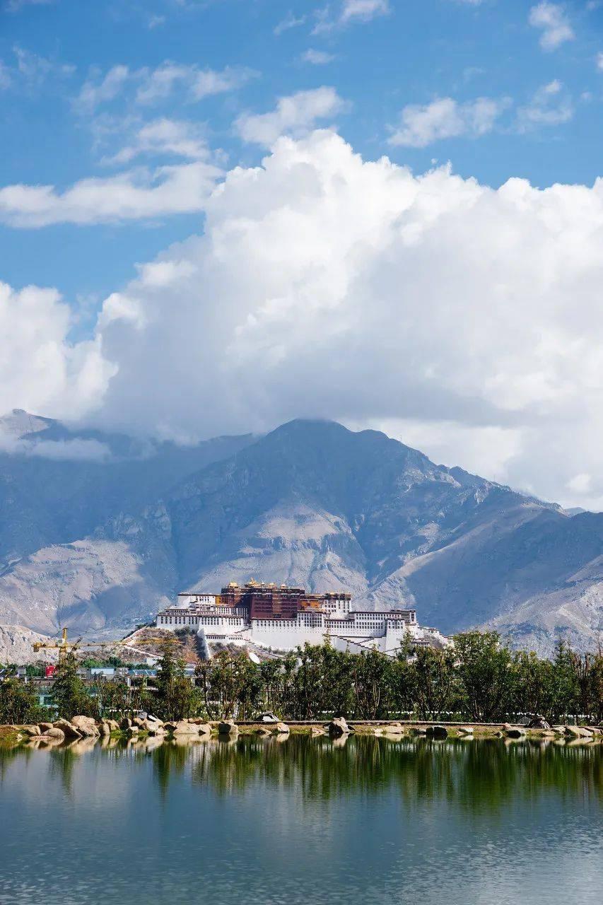 有哪些瞬间,让你突然想去西藏了......