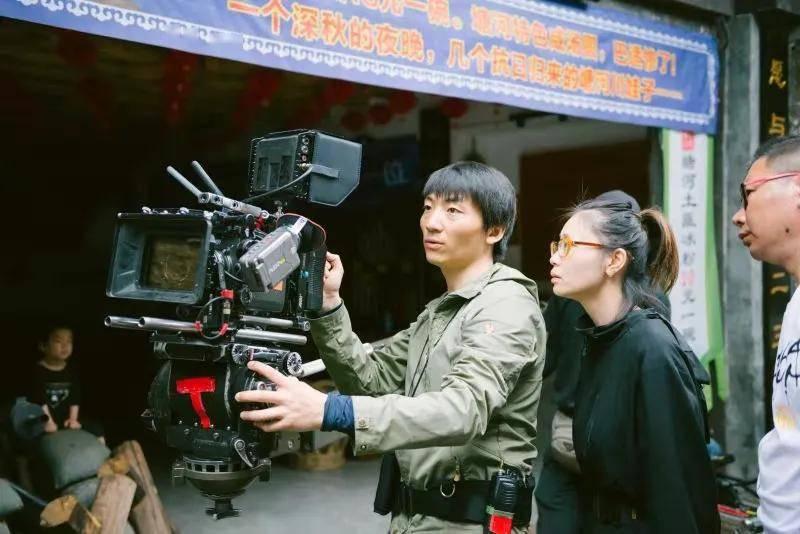 @各位影迷:搬好小板凳 期待内江市首部革命历史题材电影《地火》上映