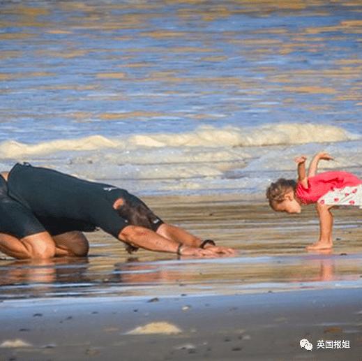 笑哭!锤哥和吴京这带娃方式 生孩子真的是用来玩儿的?-家庭网