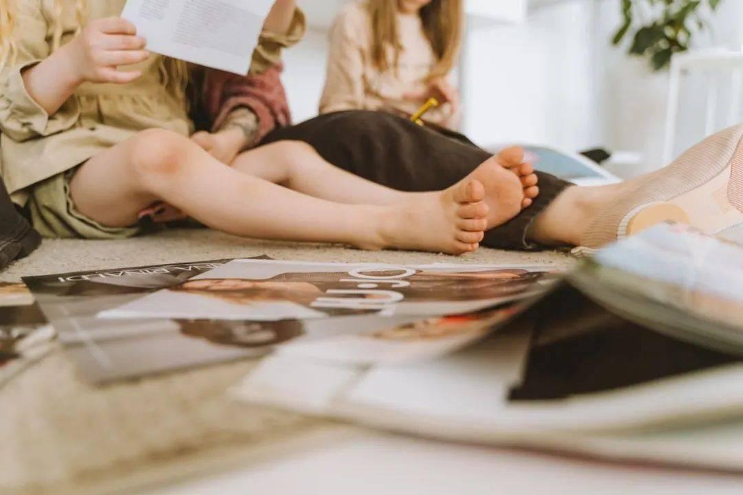 你会跟孩子聊每天的新闻吗?