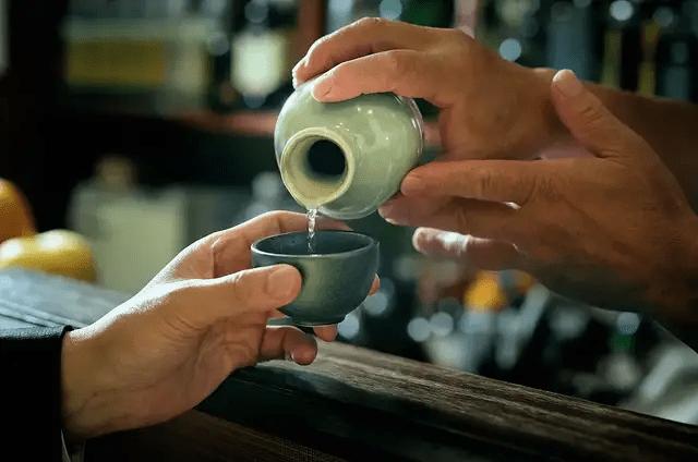 贴牌酱酒生死劫:8%产能创造40%利润,茅台清理