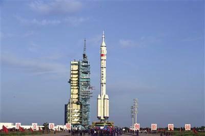 神舟十二号飞船就位 将送三名宇航员上空间站