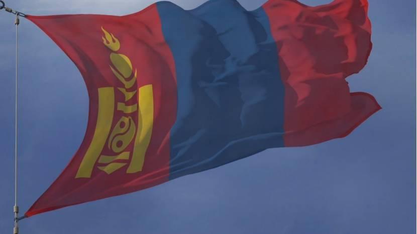 蒙古gdp总量_内蒙古2001~2020年GDP,常住人口,人均GDP