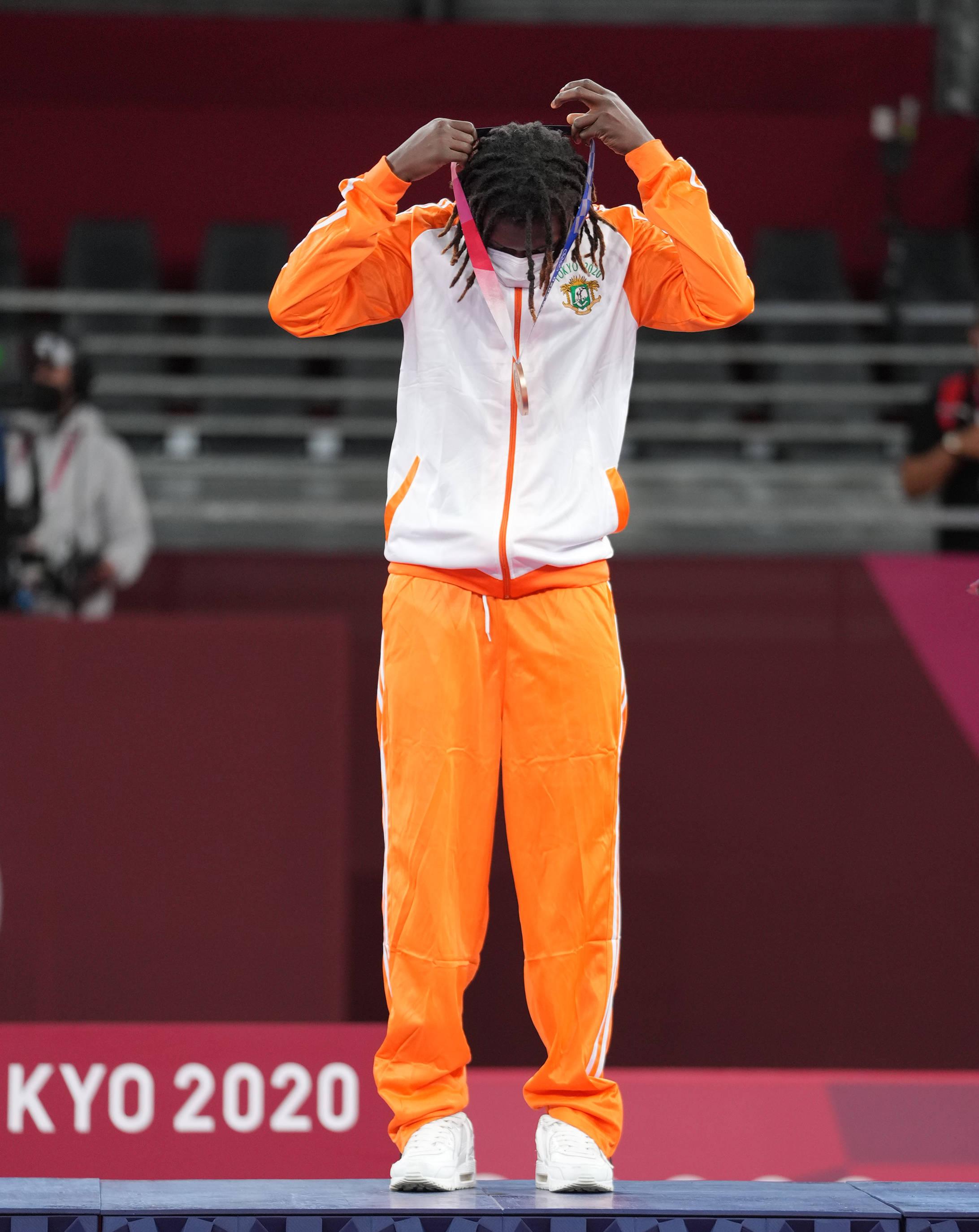 跆拳道——女子67公斤级:科特迪瓦选手巴比获得铜牌