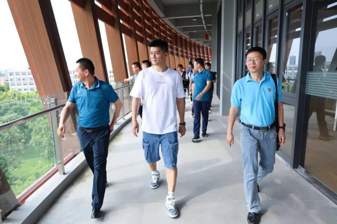 奥运冠军傅海峰莅临我校,分享奥运精神的真谛!