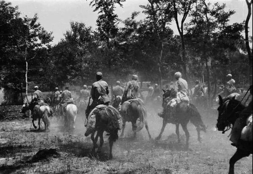八十年过去了,还有多少人会记得这支骑兵团?