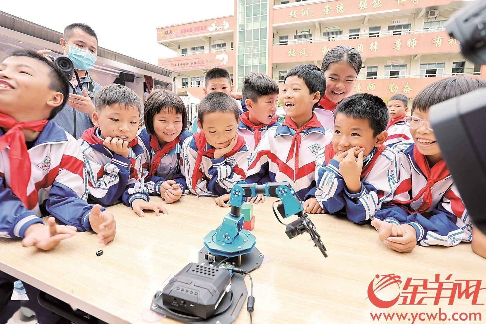 广东福彩育苗计划 为欠发达地区儿童送去素质教育